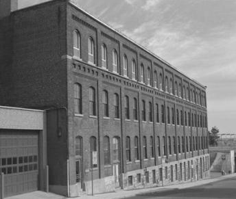 1930_MontrealPlant_BnW